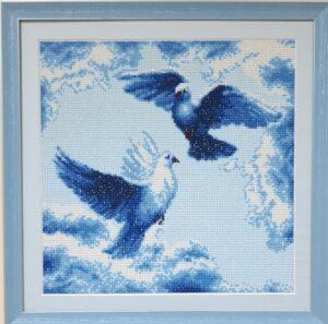 Вышивка голуби-min
