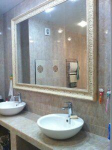 зеркало в ванной-min